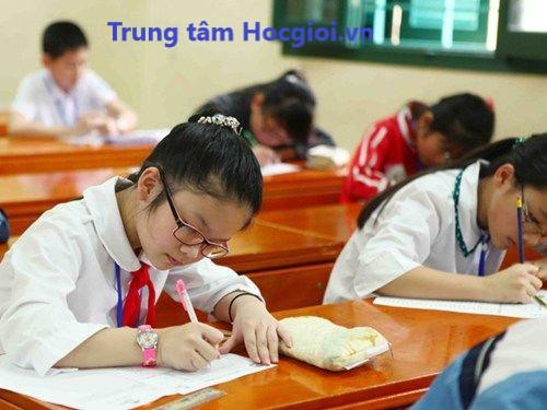 Lớp học thêm Toán - Tiếng Việt lớp 4
