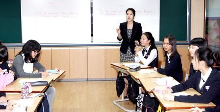 Nên cho con học thêm Toán lớp 9 ở Hà Nội trung tâm nào tốt?